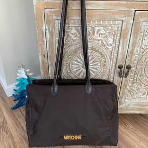 Vintage Moschino brown handbag/tote. Larger size